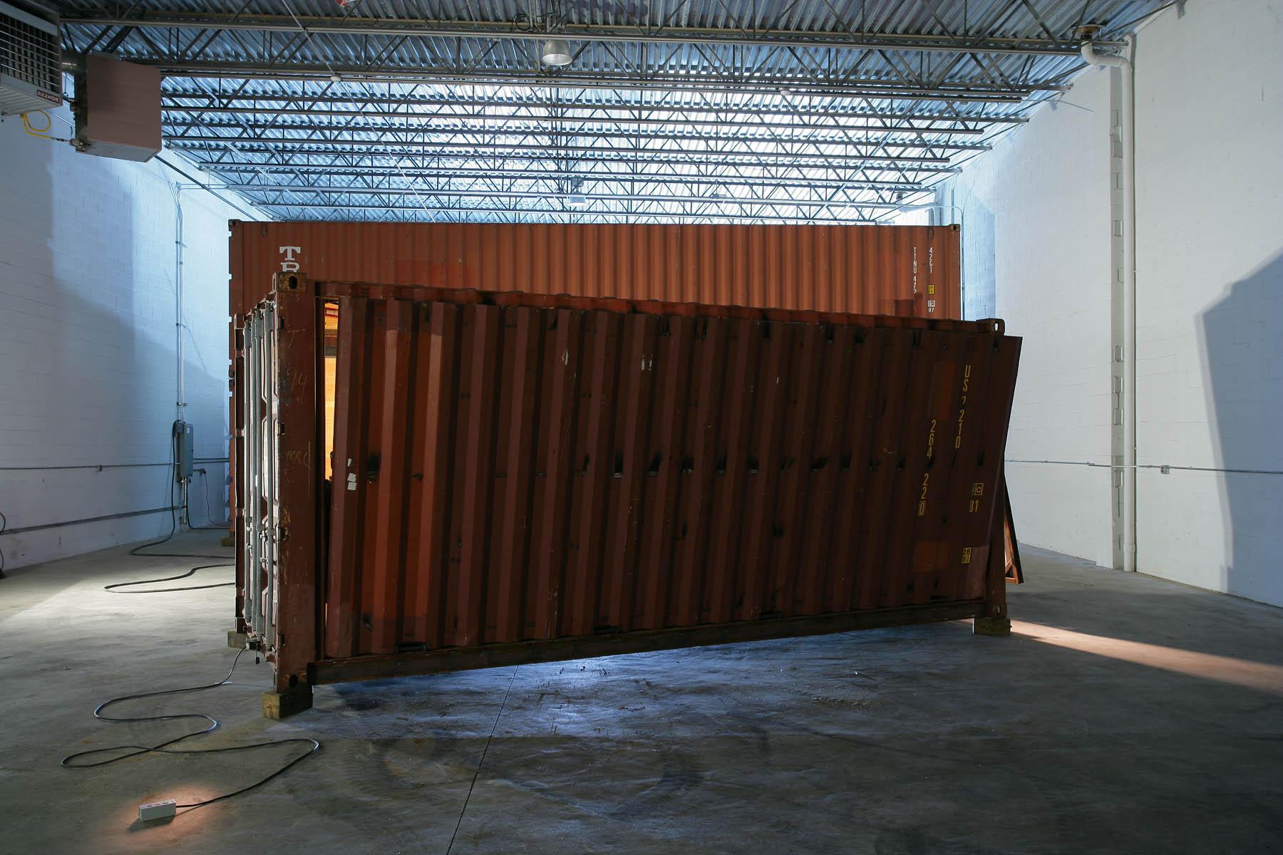 Transformer container en maison tours vivre dans une for Vivre dans un container